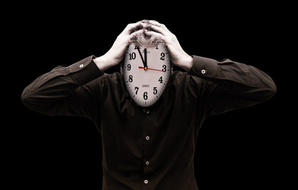 Kiedy czas staje się Twoim wrogiem, można złapać się za głowę.